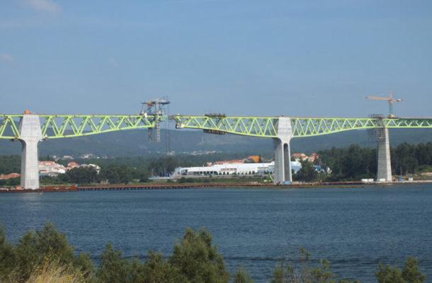 Viaducto Del Río Ulla En Catoira